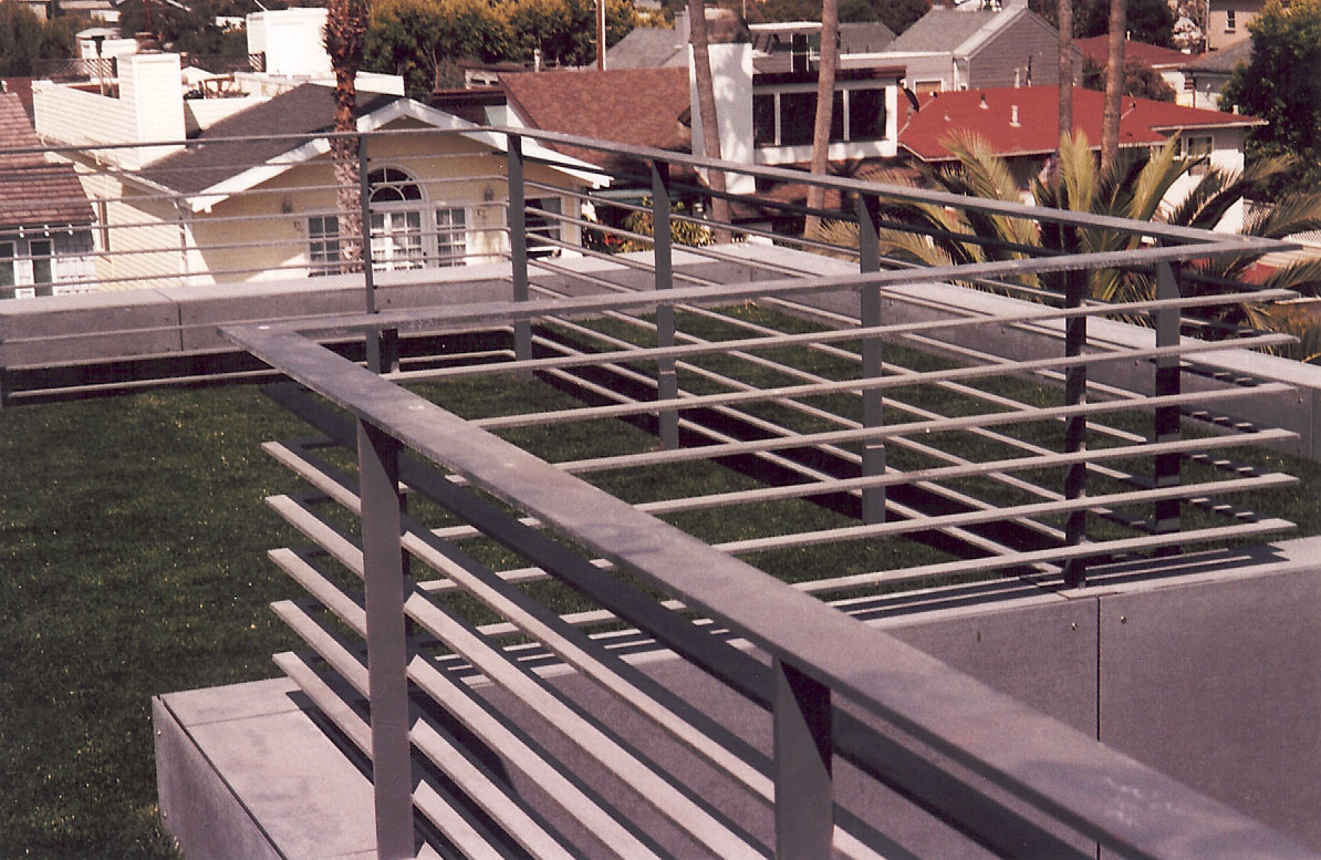Roof Top Hand Rail in Venice 3